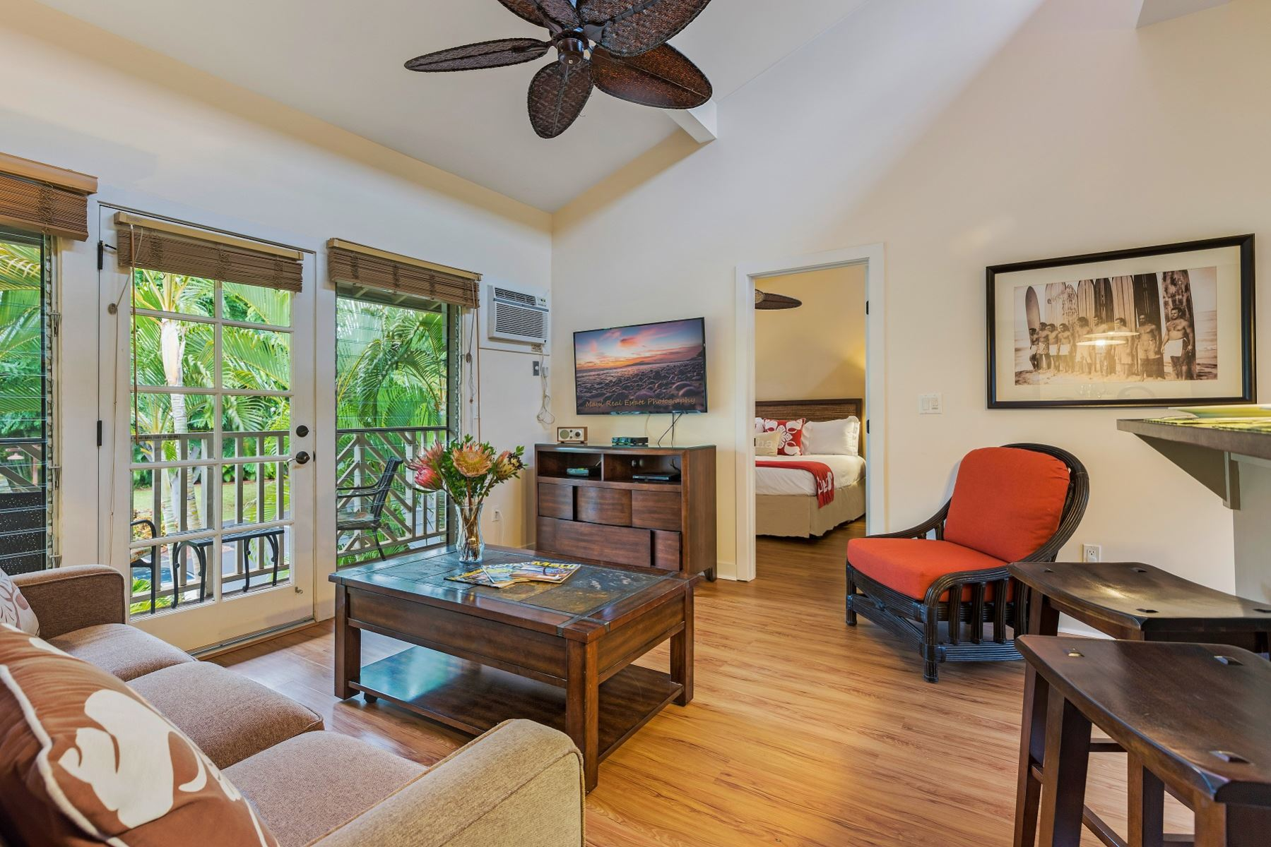 Property Image 1 - Lovely Second Floor Condo in Beautiful Lahaina