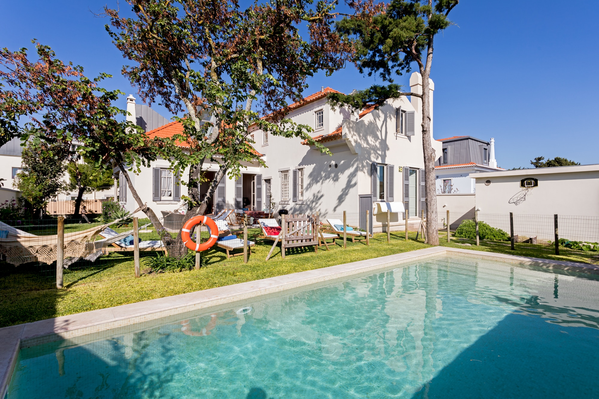 Property Image 2 - Charming family villa in Lisbon center