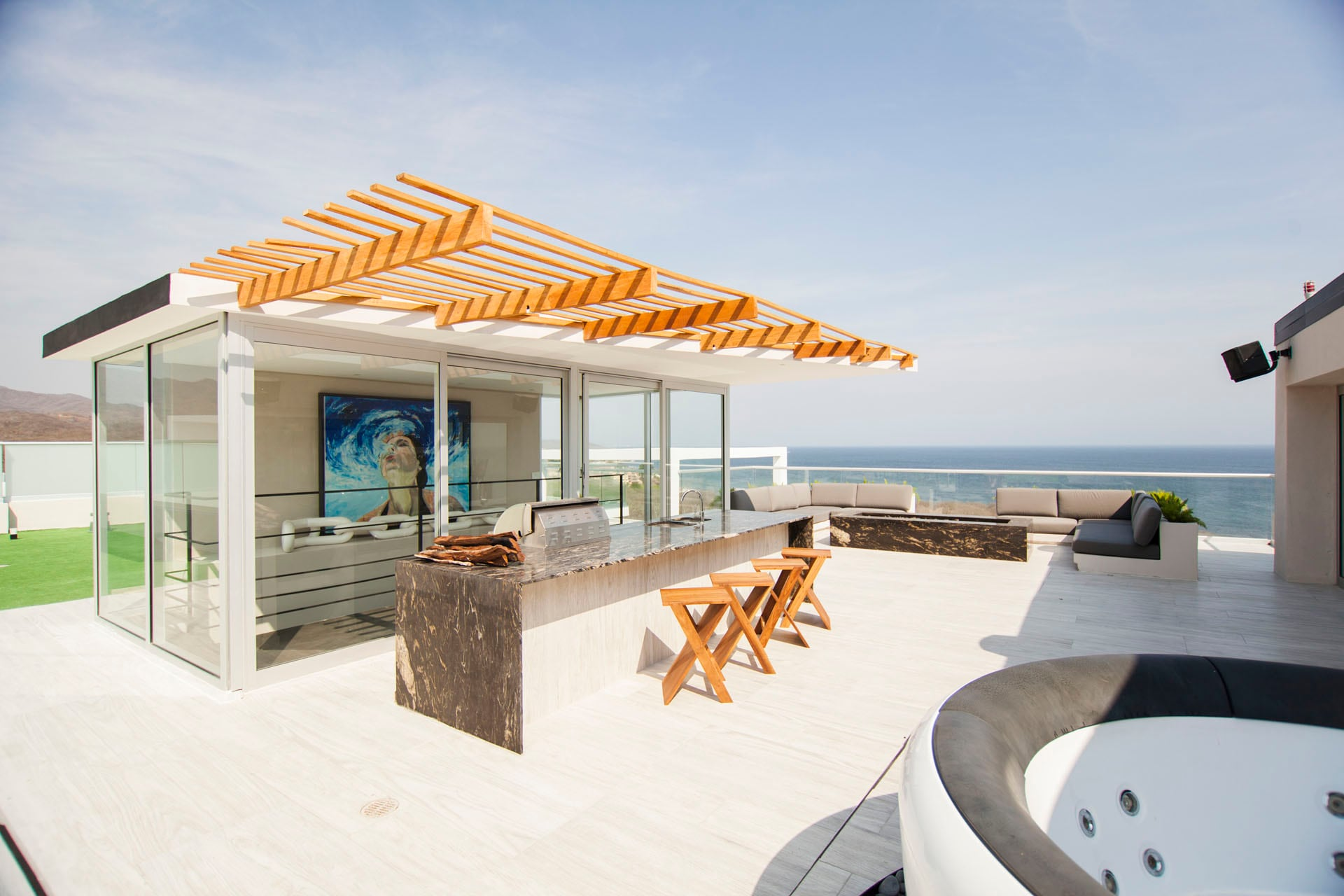 Property Image 1 - Luxury Penthouse with Gorgeous Ocean View