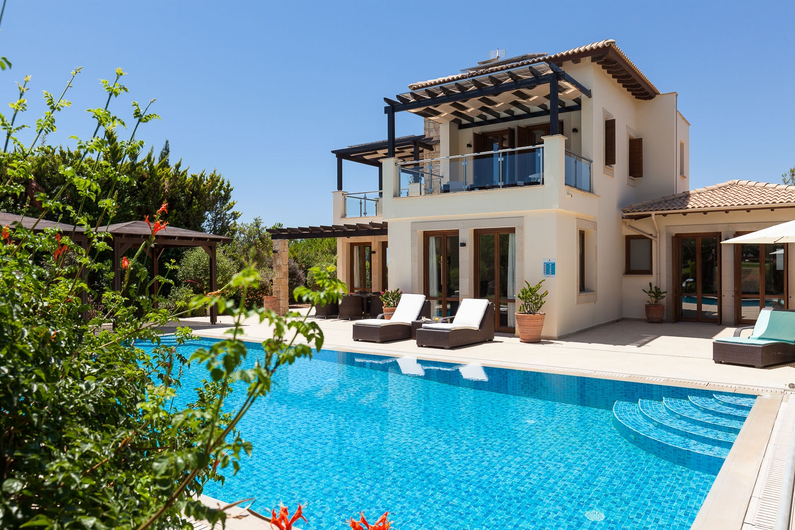 Property Image 1 - Luxury 3 Bedroom Superior golf view Villa with Private Pool