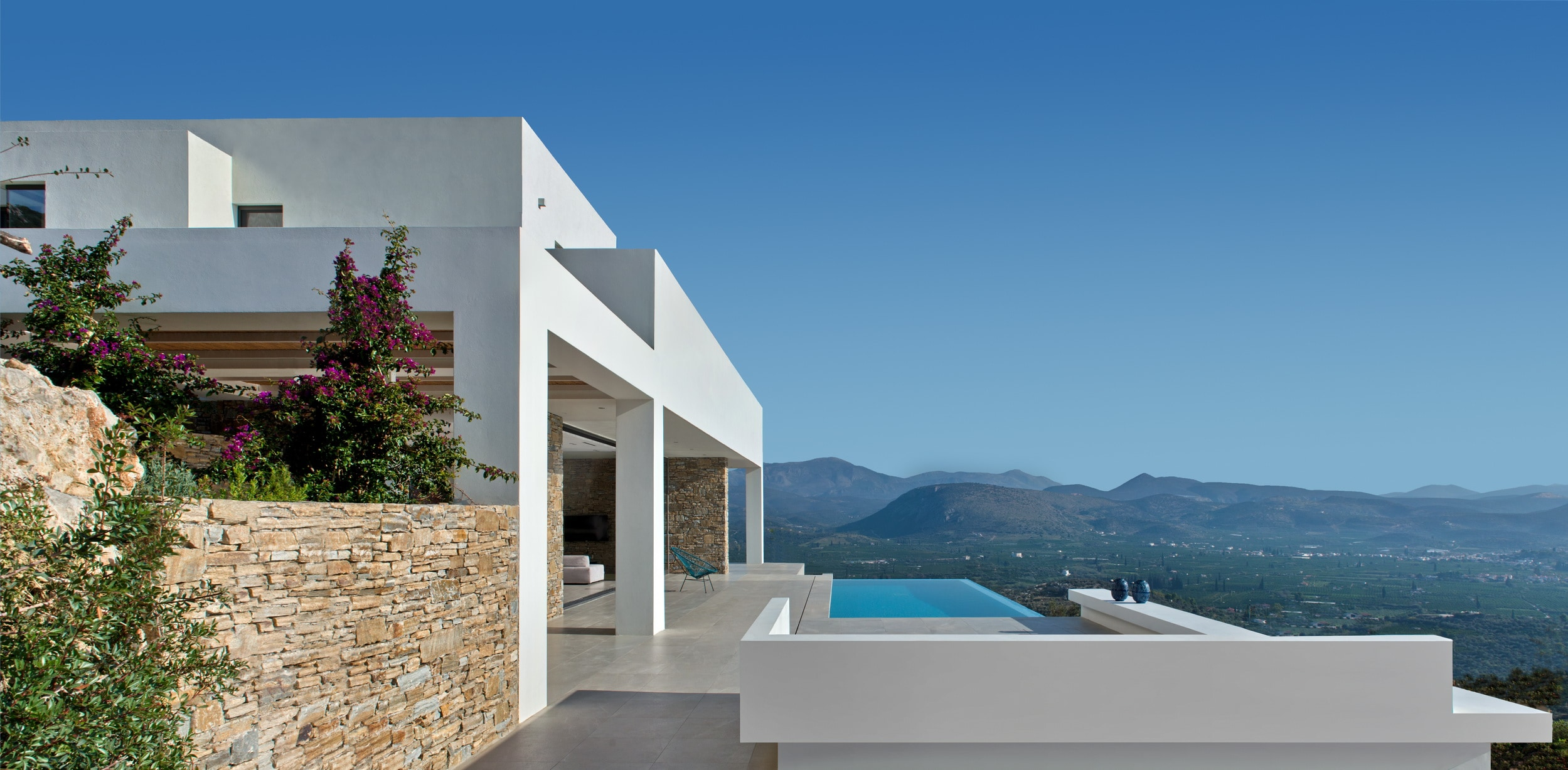 Property Image 2 - Designer Villa Embraced by the Sun Sea and Mountains