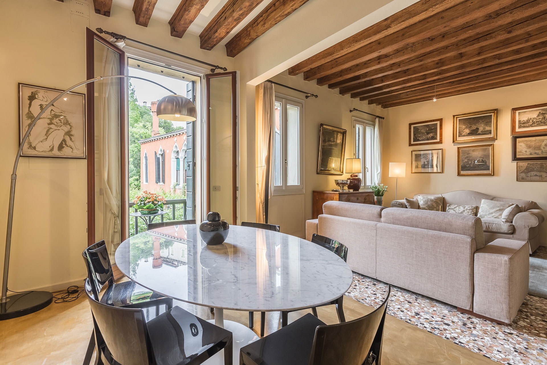 Property Image 1 - Lovely Venetian Home Next to the Accademia Bridge