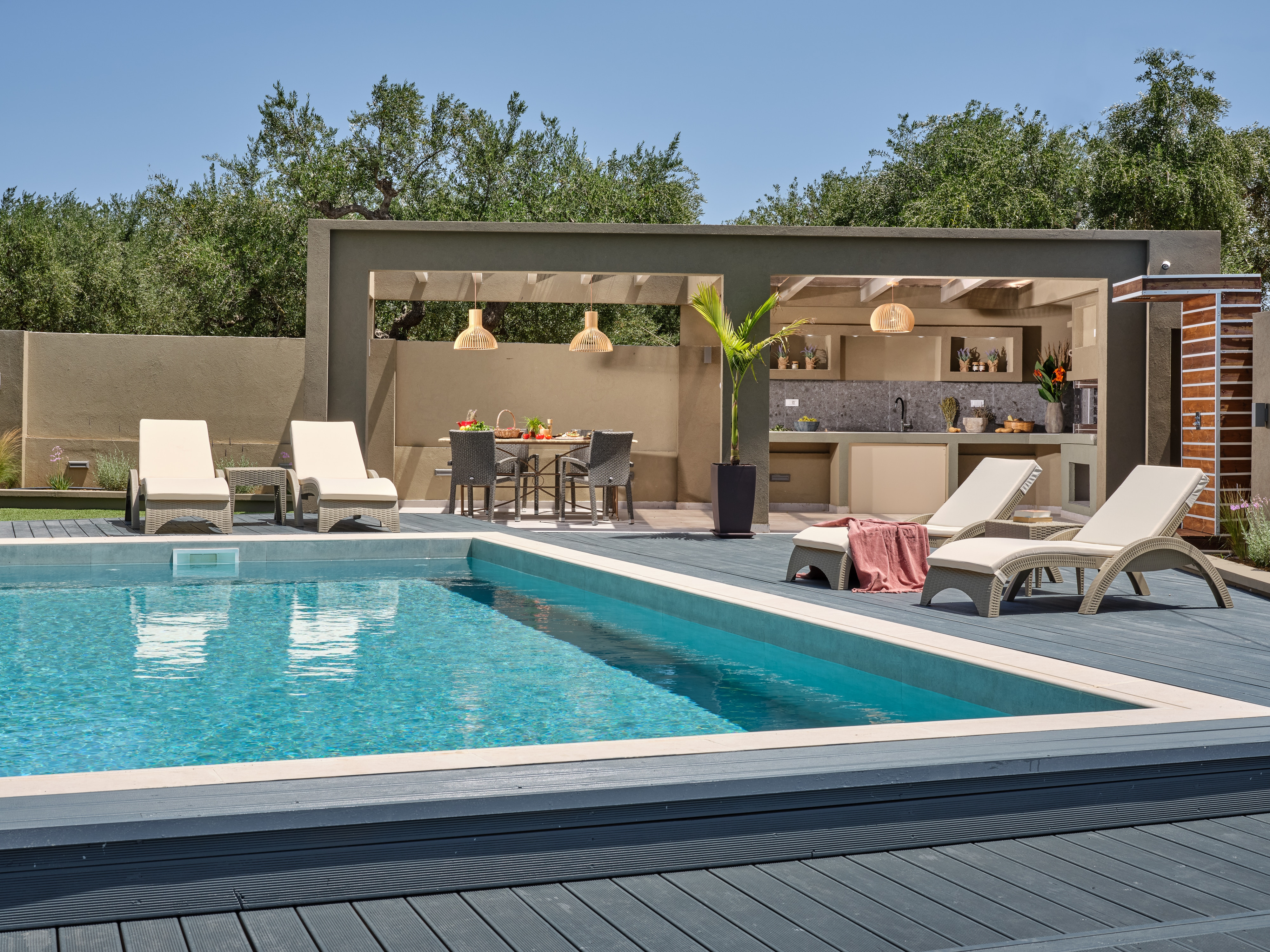 Property Image 1 - Enchanted Private Villa with Heated Private Pool, BBQ & Iconic Settings