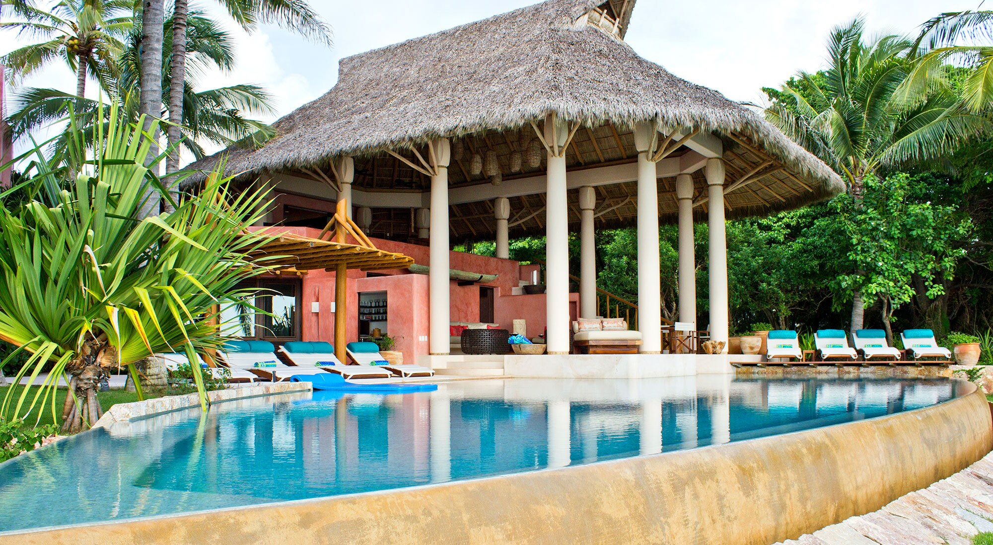 Property Image 1 - Tropical Beachfront Estate for Exotic Family Vacays