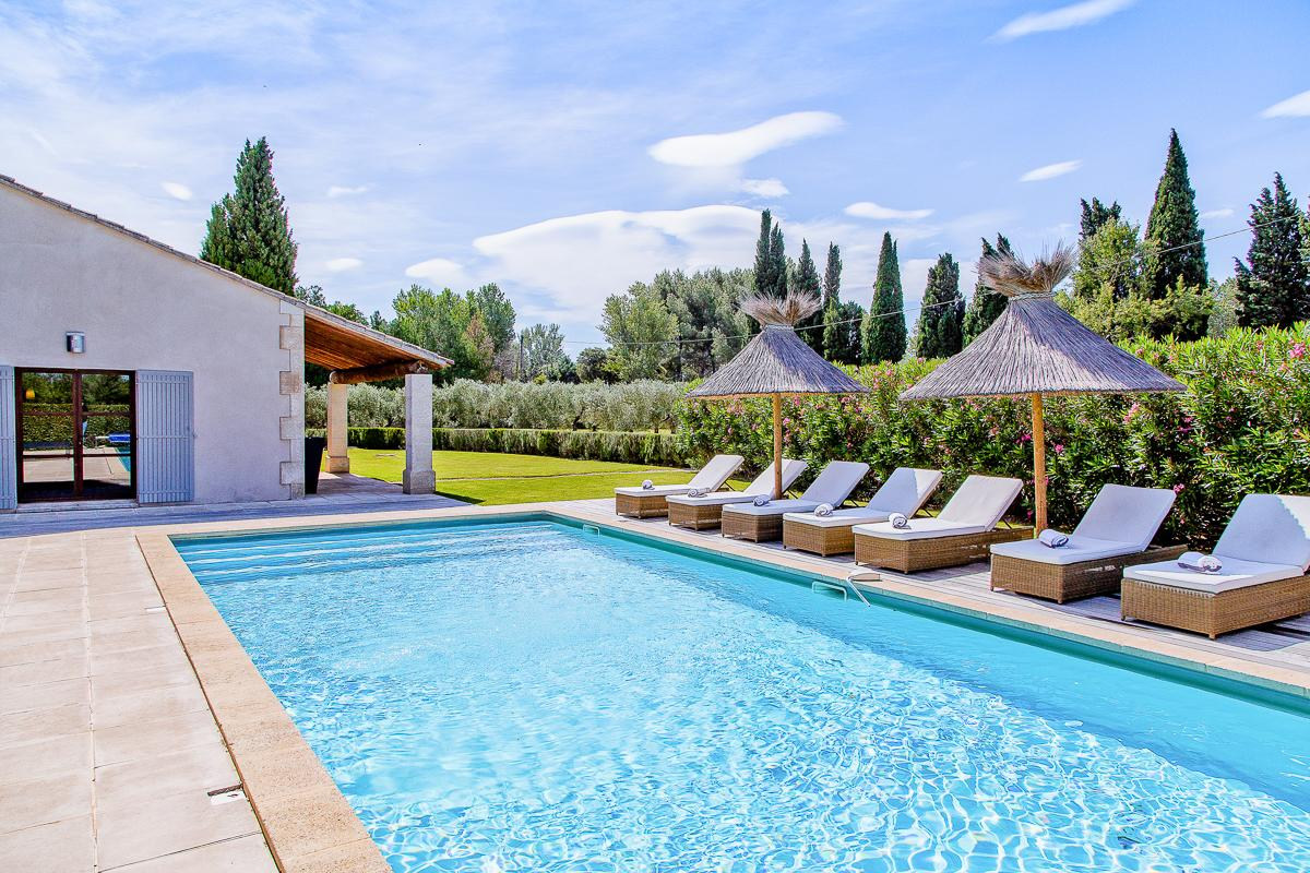 Property Image 2 - Beautiful Home with Pool and Lovely Gardens in Provence