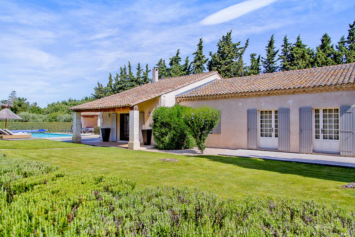 Property Image 1 - Beautiful Home with Pool and Lovely Gardens in Provence