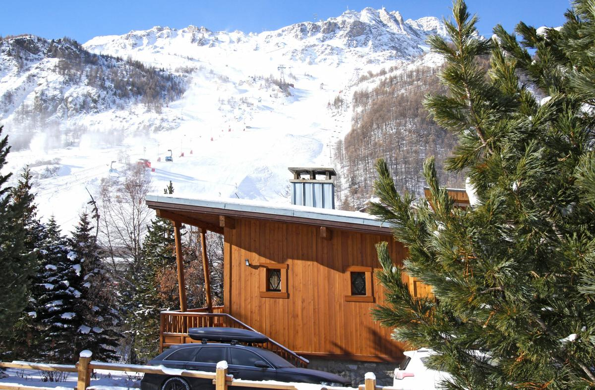 Property Image 1 - Contemporary Stylish Chalet in the centre of Val d'Isère