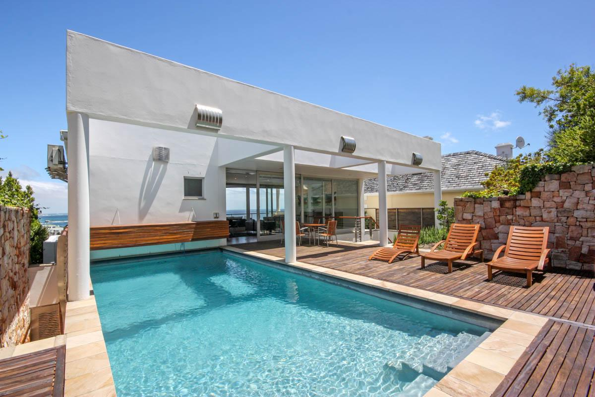 Property Image 1 - Sophisticated Modern Villa with outdoor pool