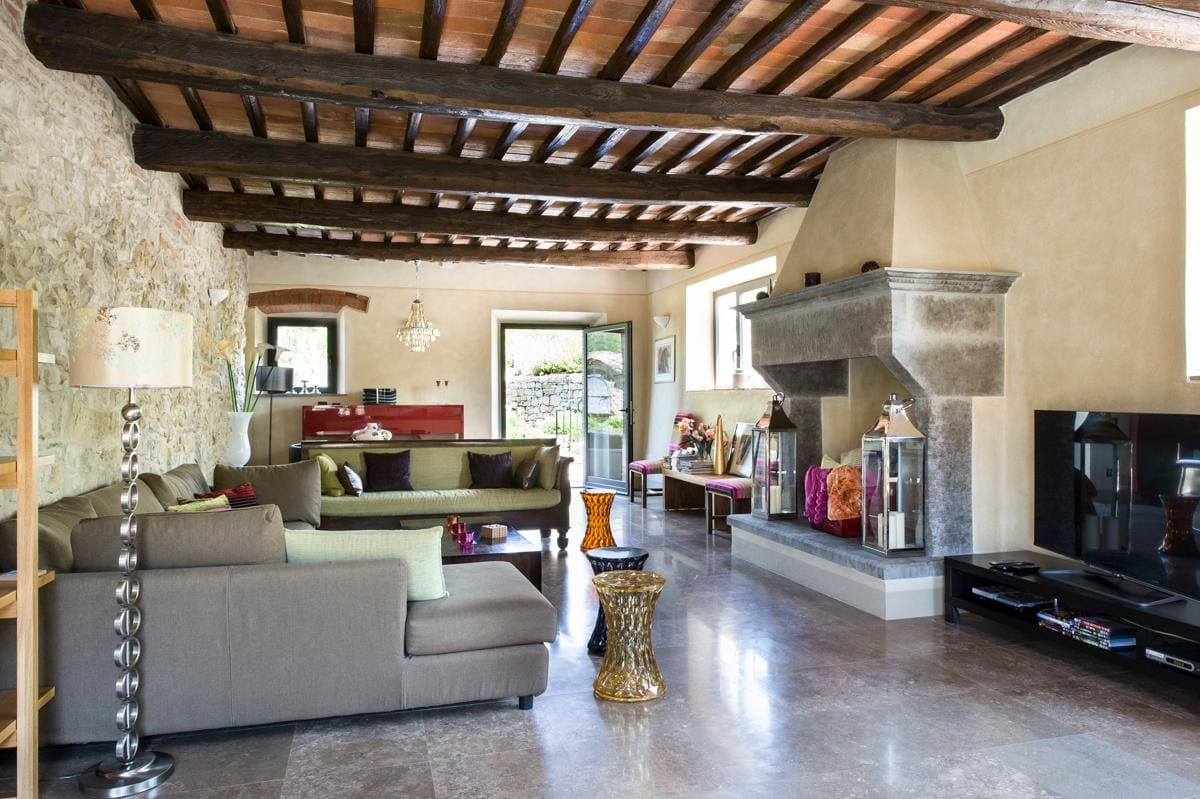 Property Image 2 - Luxurious Rustic Villa with Private Leisure Facilities