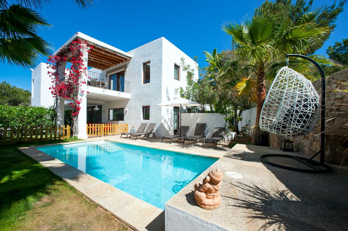 Property Image 1 - gorgeous villa in a peaceful residential area