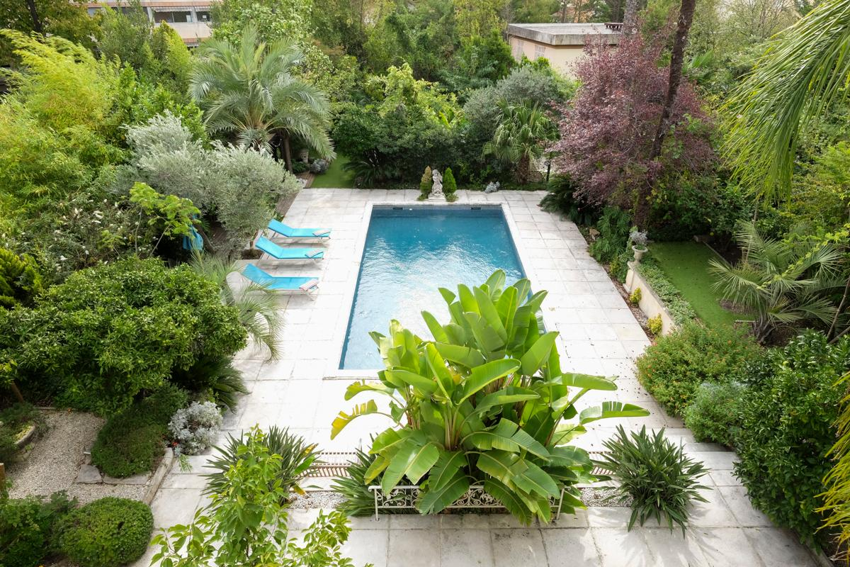 Property Image 2 - Sophisticated Zen Style 3 Bedroom Villa with Pool in Cannes