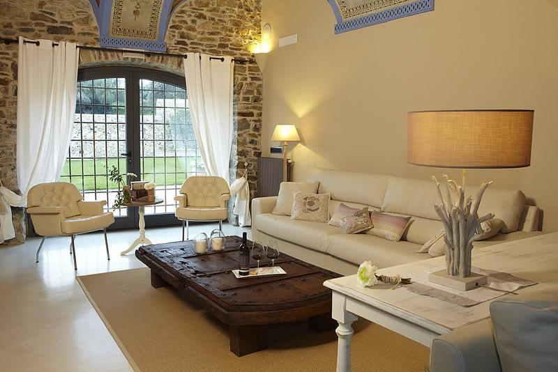 Property Image 2 - Impressive 14th Century Grand Catalan Mansion with Spectacular Amenities in Catalunya