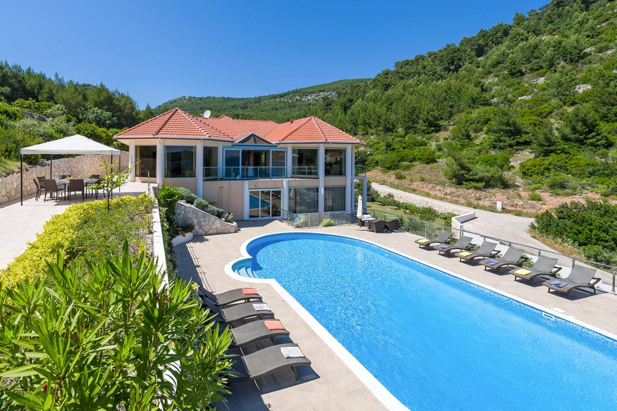 Property Image 1 - Large Villa on Various Shades of Blue