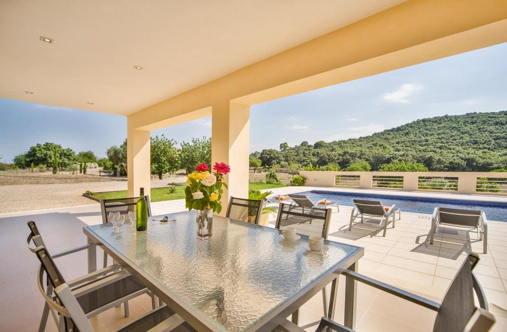 Property Image 2 - Spectacular Modern Villa with Panoramic Mountain Views and Pool