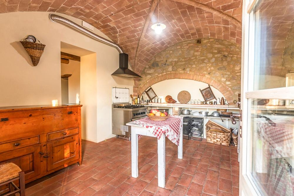 Large Tuscan Estate with Private Spa, Sleeps 22