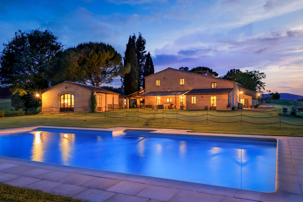 Beautiful, Classic Villa with Pool, Spa, and Garden
