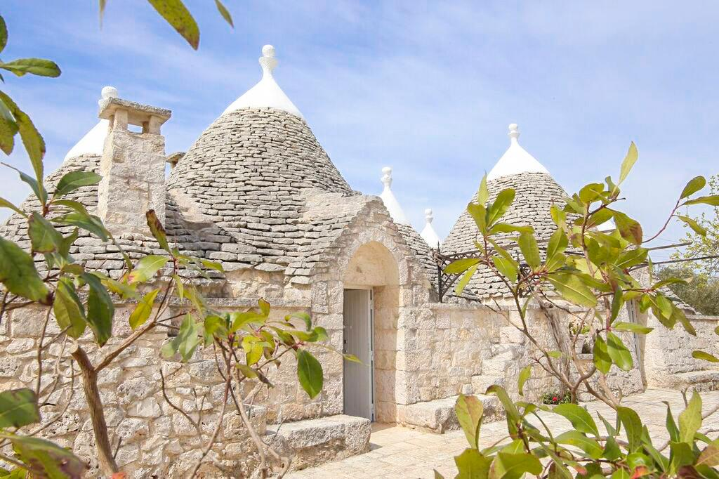 Traditional Puglia Villa Surrounded by Nature
