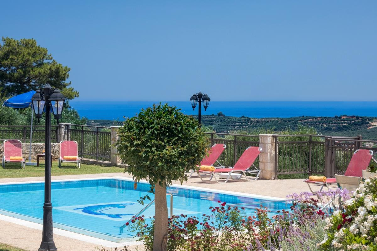 Property Image 2 - Splendid 4 Bedroom Villa with Spectacular Scenic Views from white mountains to stunning coastline below