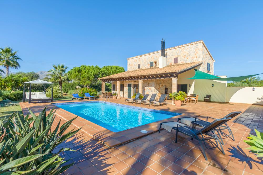 Property Image 1 - Stunning Countryside Pollensa Villa with Large Garden and Swimming Pool