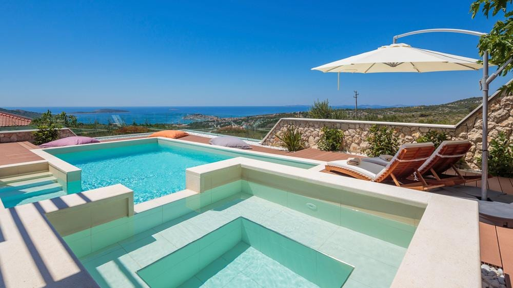 Property Image 1 - Ideal Serene Villa with Beautiful Views and a Pool