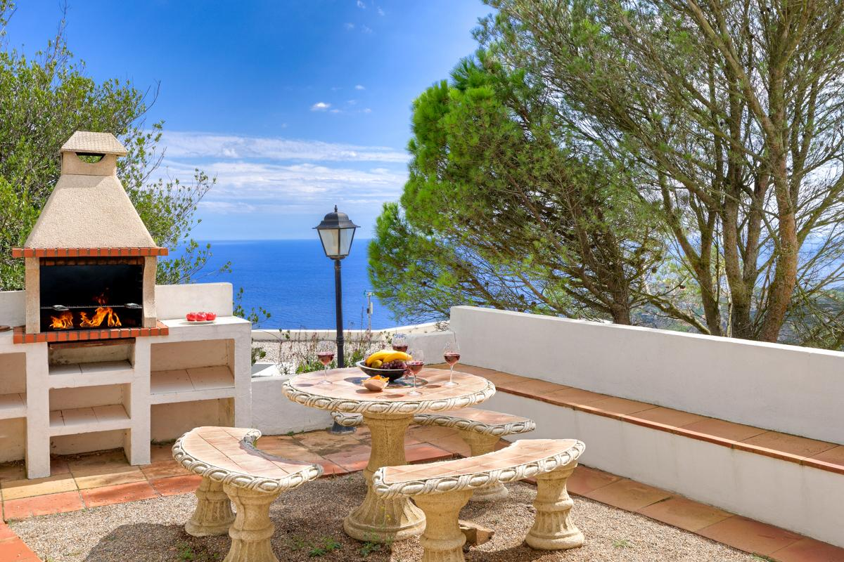 Property Image 2 - Private Villa with Jaw Dropping Sea and Mountain Views