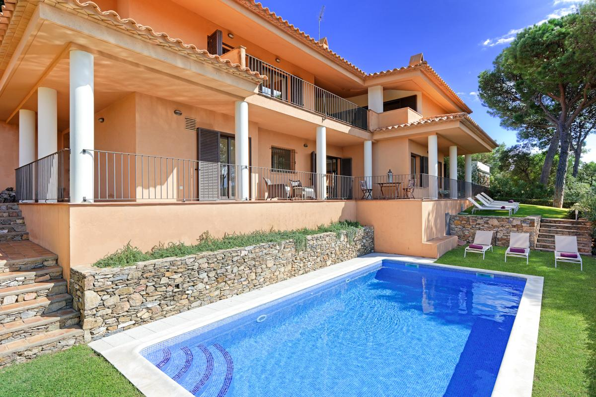 Property Image 1 - Tranquil Costa Brava Countryside Villa with Lush Views