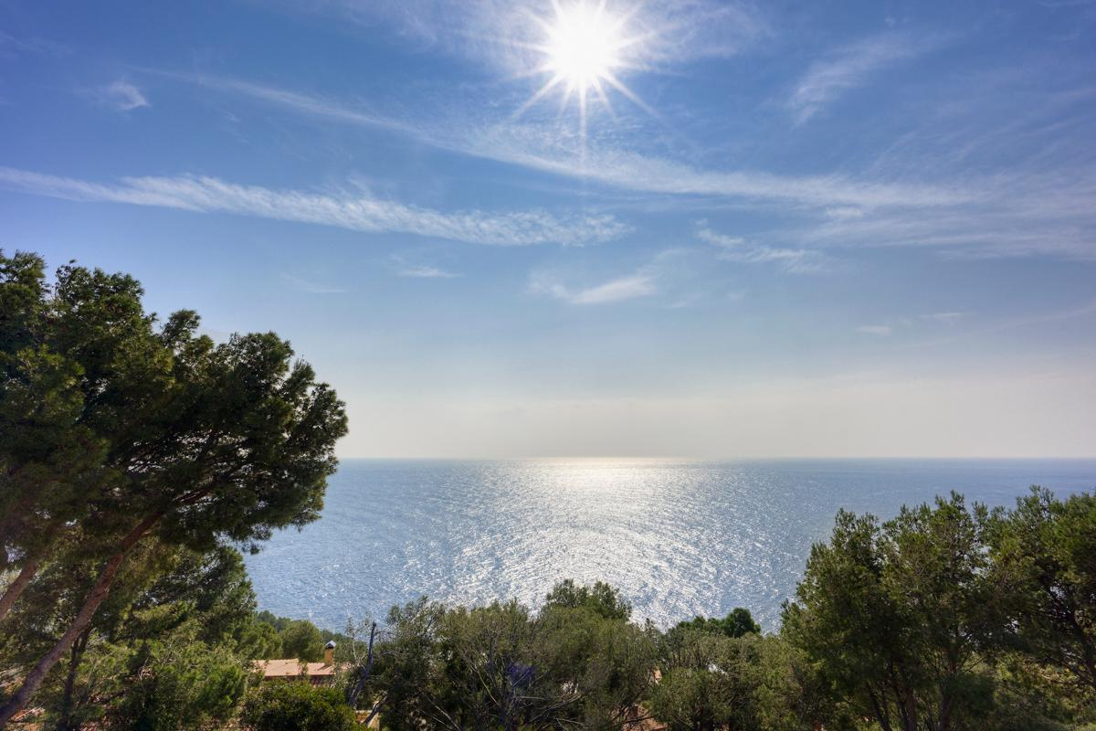 Property Image 2 - Relaxed, Peaceful Villa Boasting Spectacular Sea Views