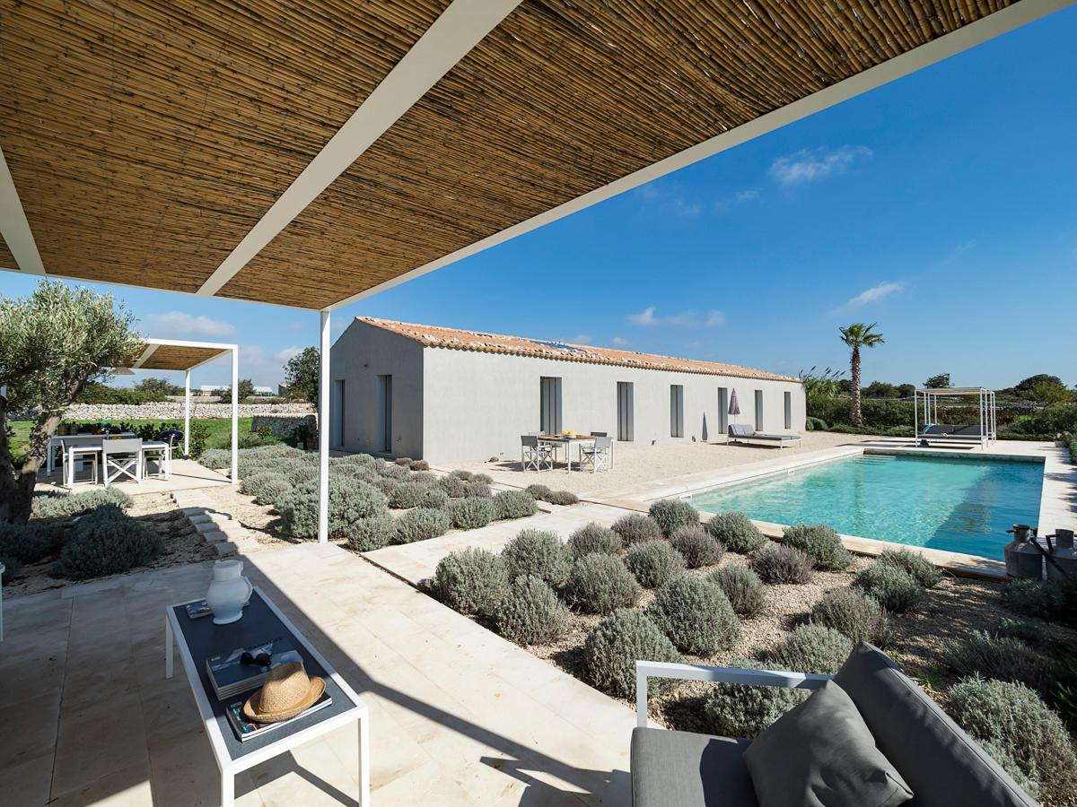 Property Image 1 - Sleek and Modern 3-Bedroom Countryside Villa with Pool
