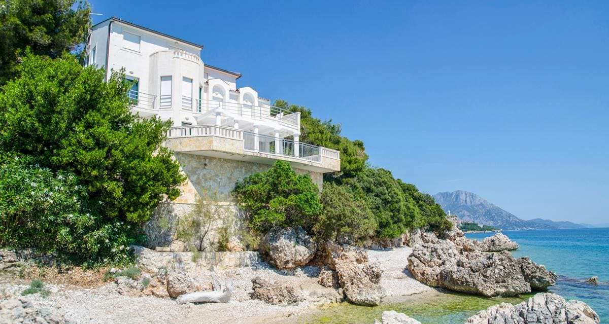 Property Image 1 - Dreamy Villa with Direct Access to the Beach