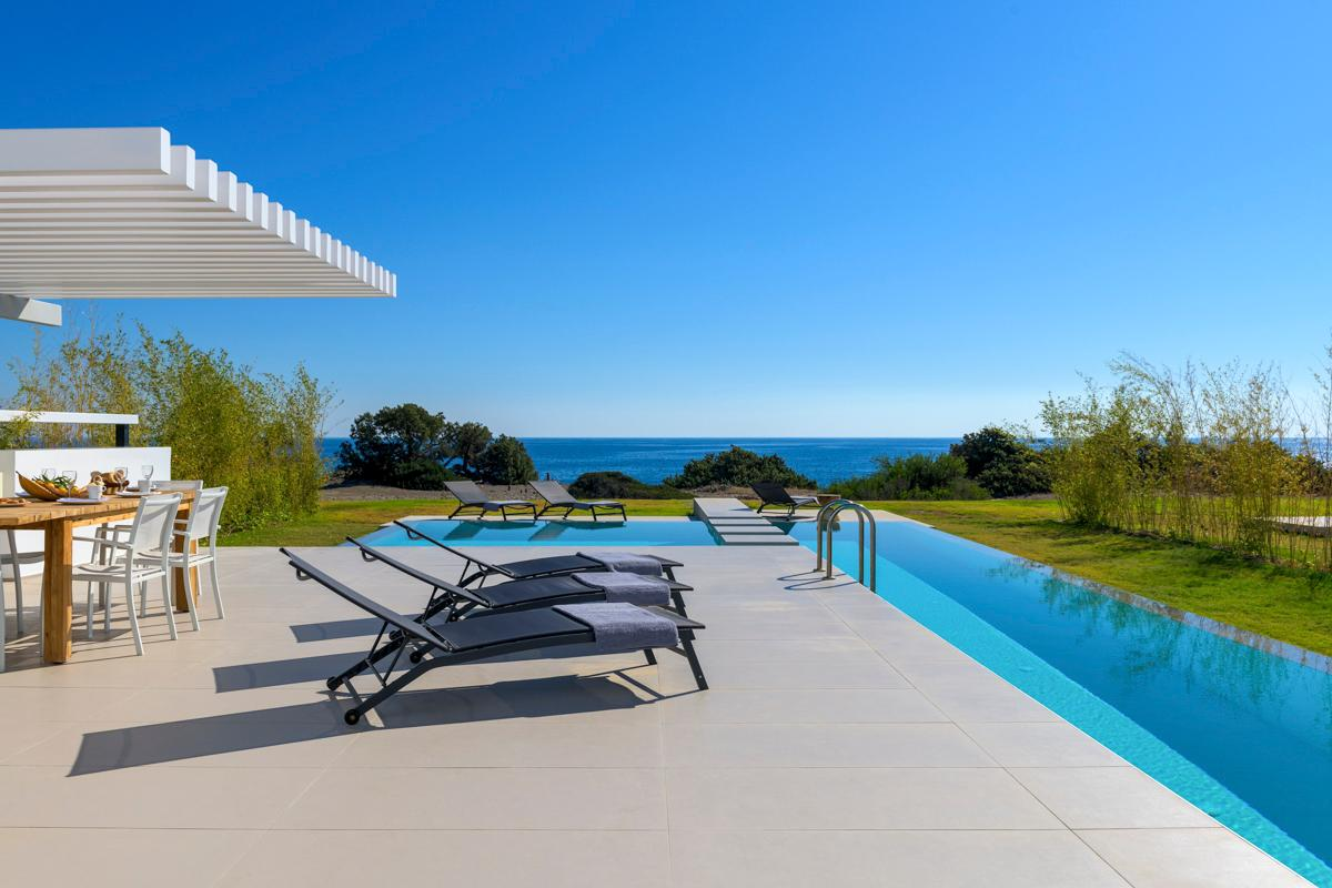 Property Image 1 - Stunning Villa Offering Panoramic Sea Views