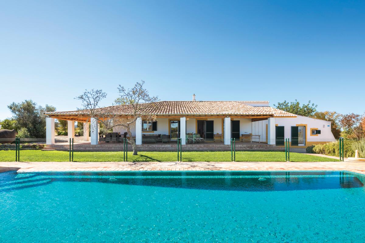 Charming, Rustic Villa with Spacious Lawn and Beautiful Pool