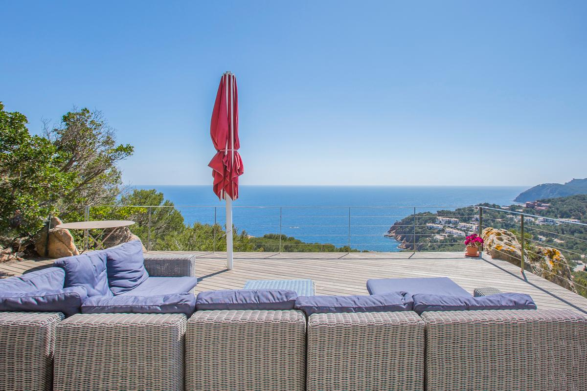 Property Image 2 - Beautiful Villa with Breathtaking Views Over the Sublime Landscape of Costa Brava