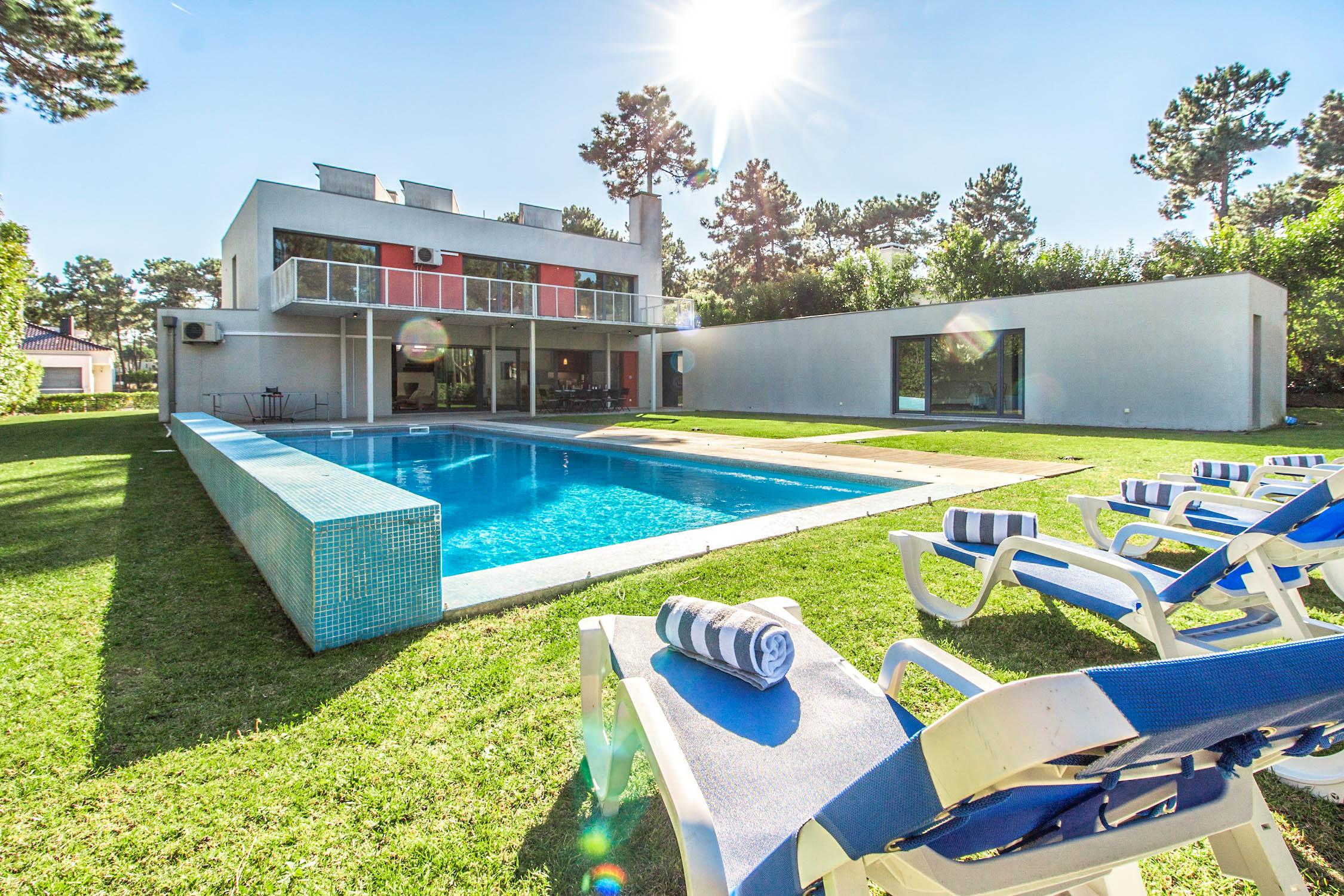Property Image 1 - Elegant Villa with Lush Garden and Beautiful Pool