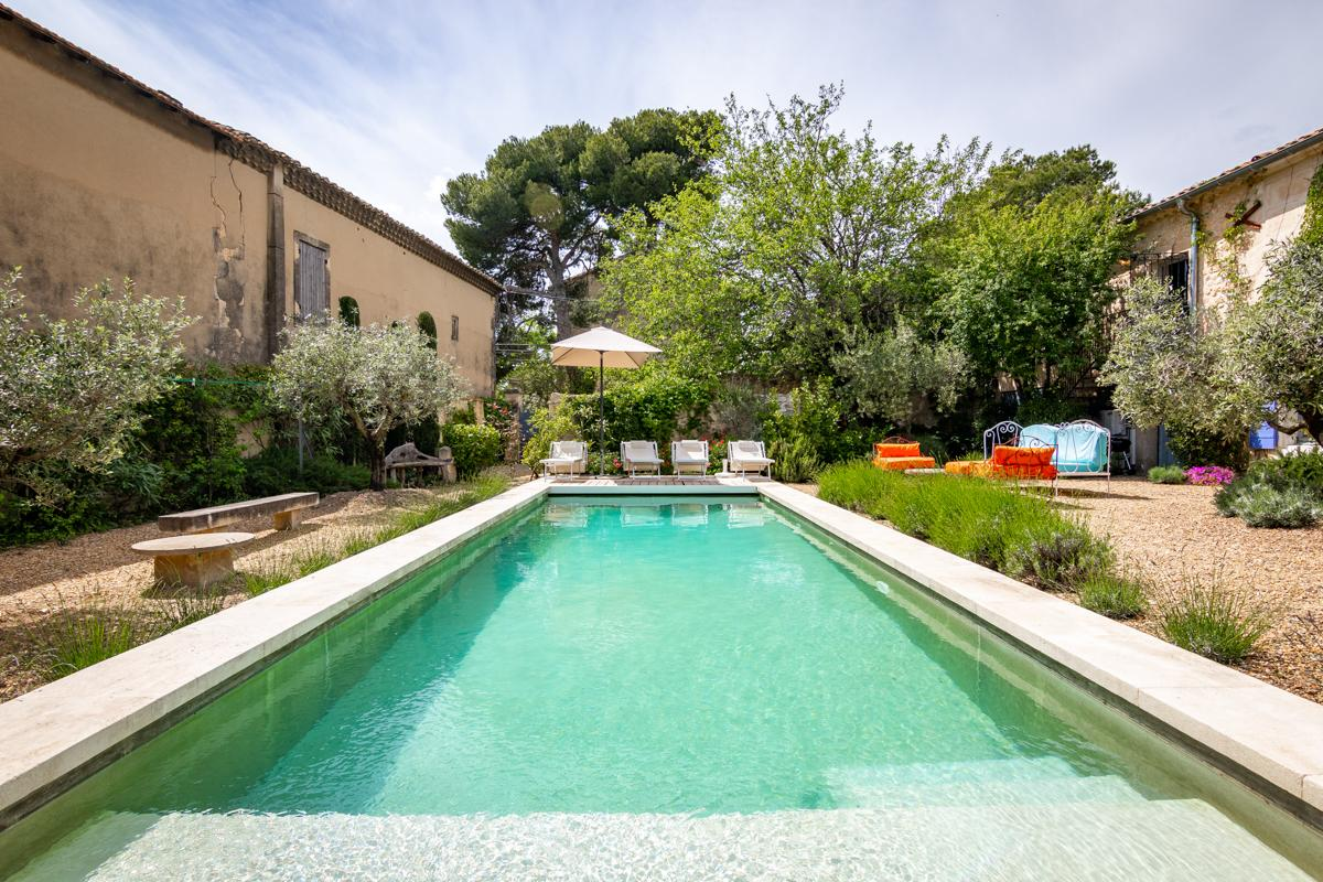 Property Image 2 - Restored Traditional Country 3 Bedroom Farmhouse in Maussane-les-Alpilles