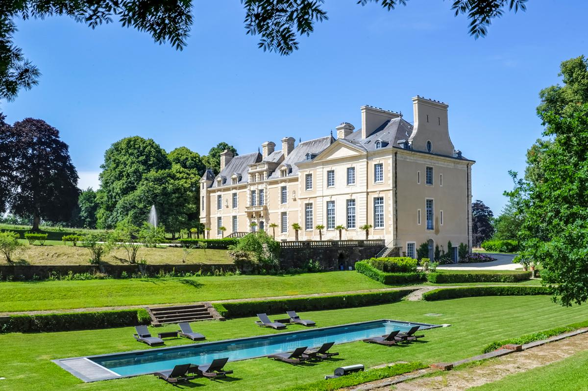 Property Image 1 - Renovated 17th-Century Château with Modern Amenities