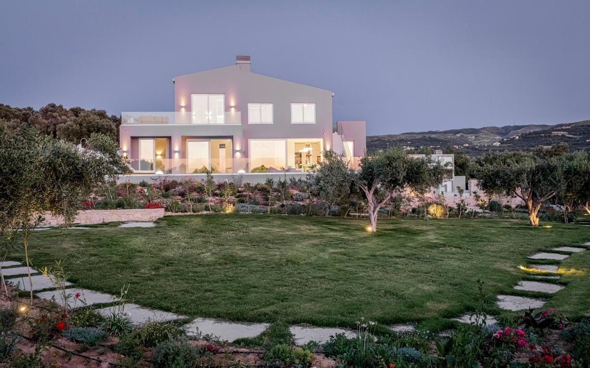 Elegant Villa with Panoramic View, Gardens, and Pool