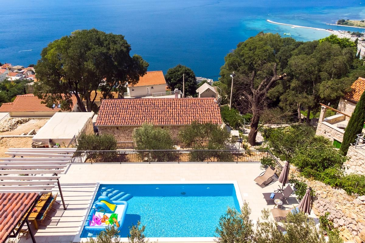 Property Image 1 - Stunning Villa with Incredible Views and Pool