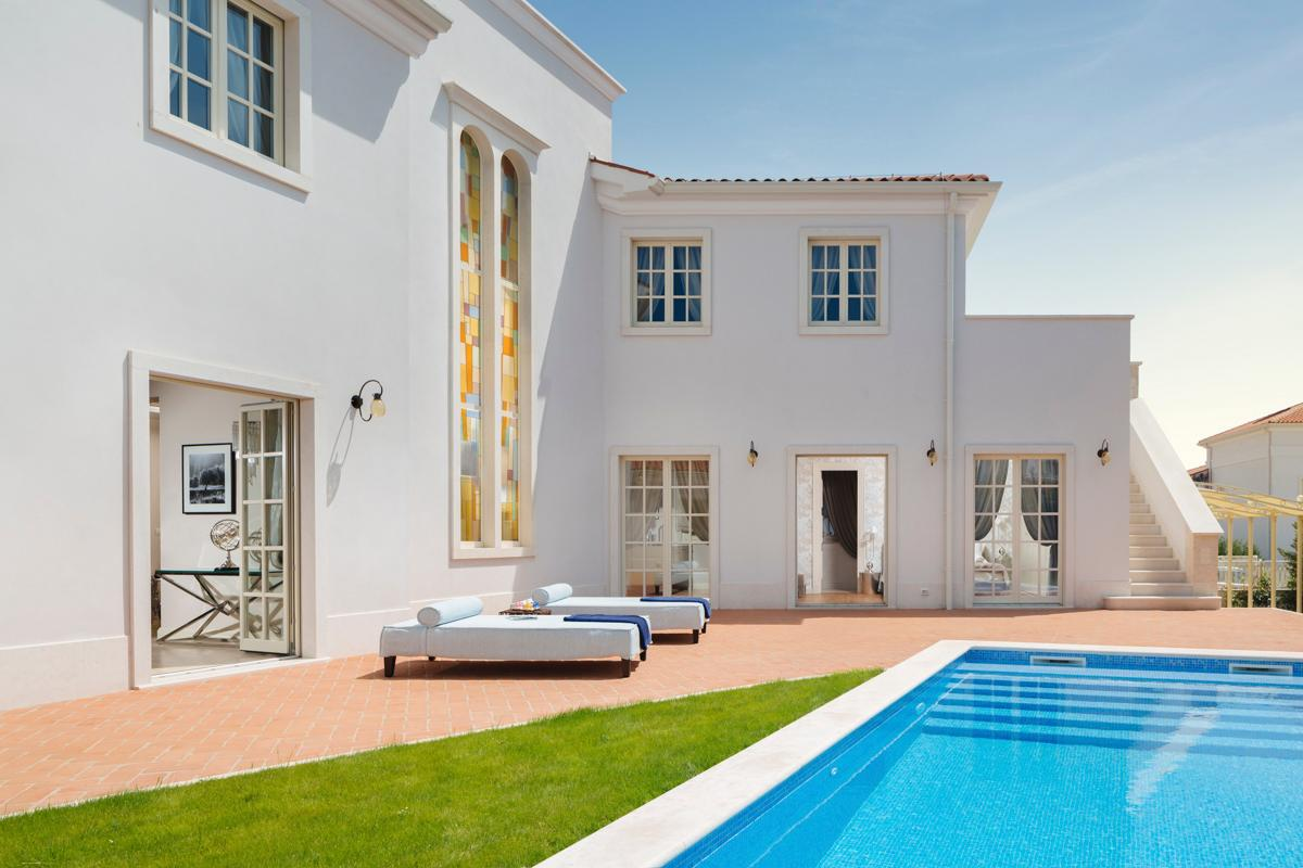 Property Image 1 - Stunning Beachside Villa with Private Pool and Terrace
