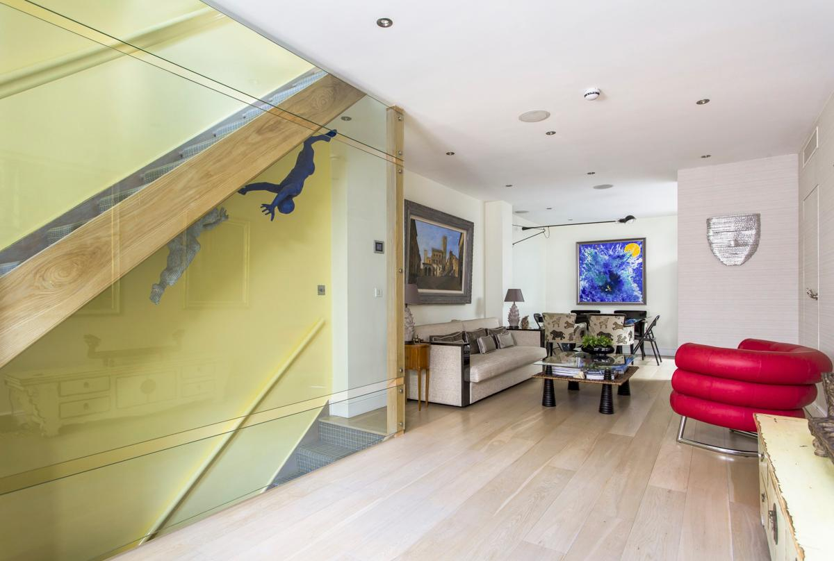 Quirky Designed 3 Bedroom Apartment with Balcony in South Kensington