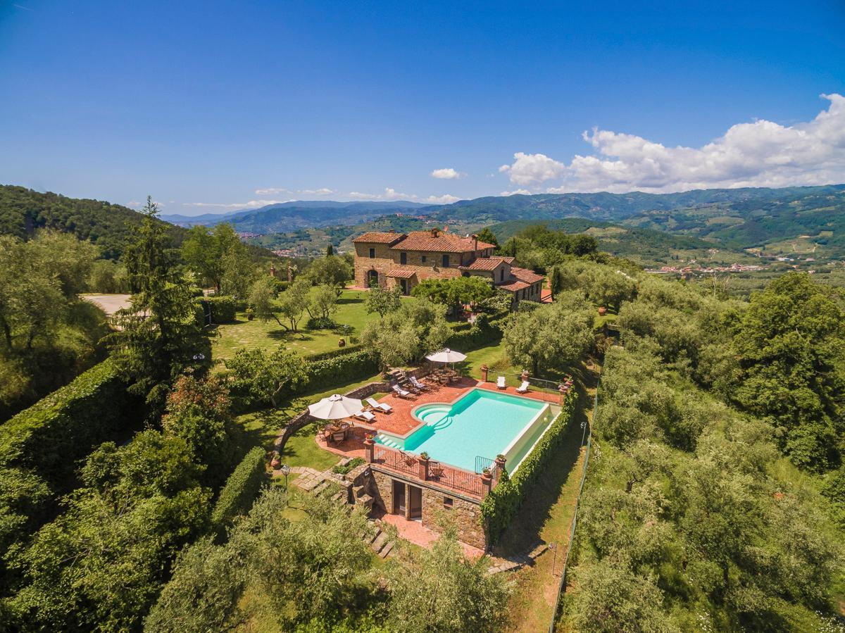 Traditional 18th-Century Tuscan Farmhouse, Sleeps 15
