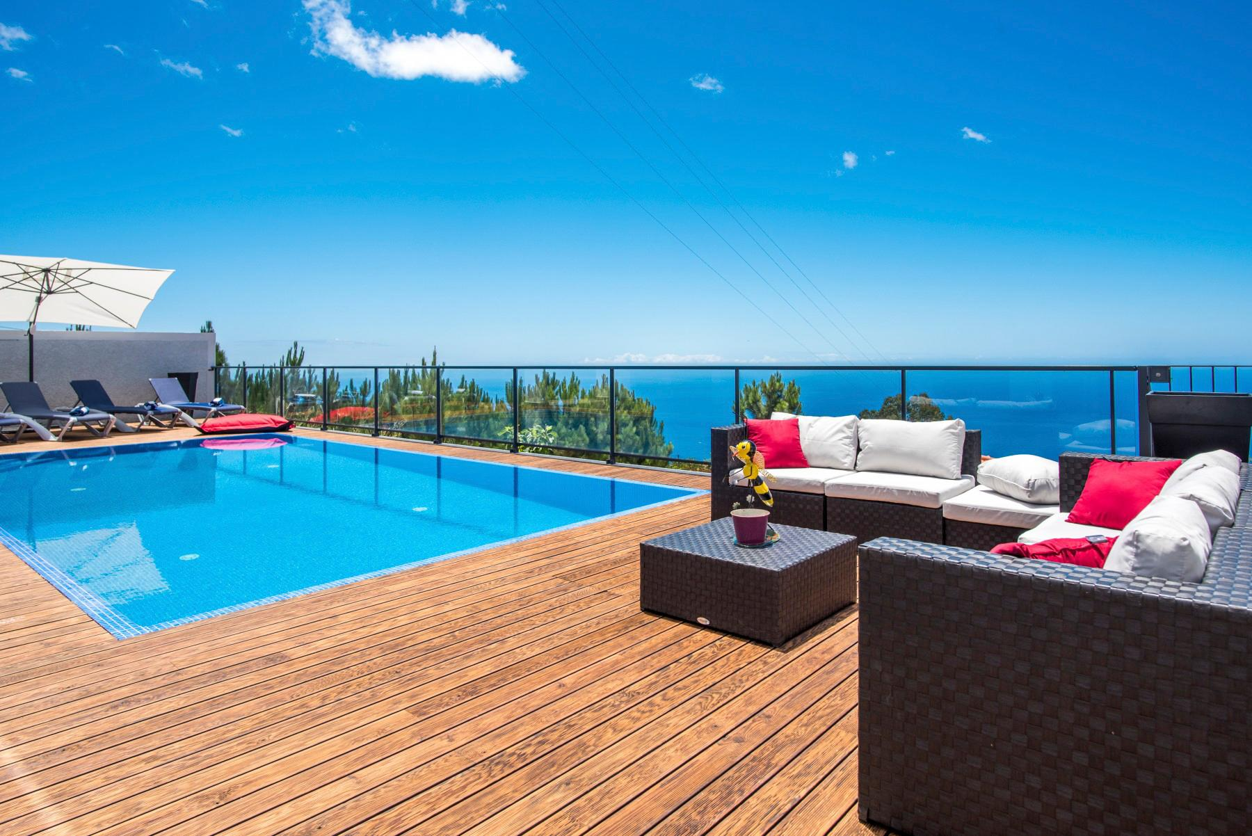 Property Image 2 - Contemporary Villa with Alluring Terrace offering Beautiful Sea Views