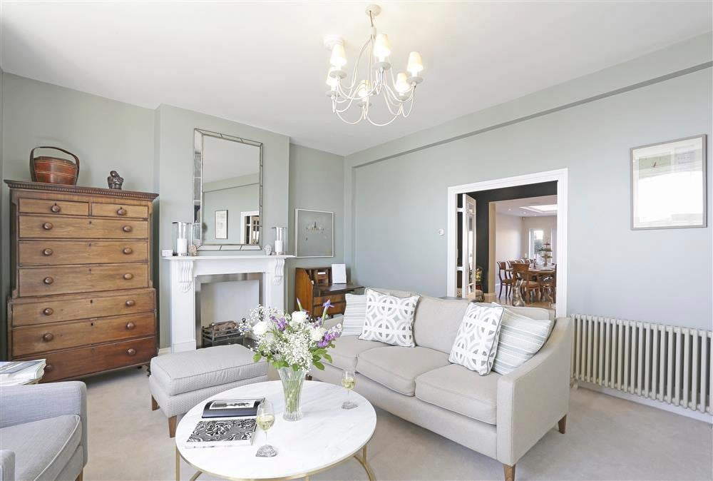 Property Image 1 - Fabulous Townhouse Overlooking the Beach in Southwold