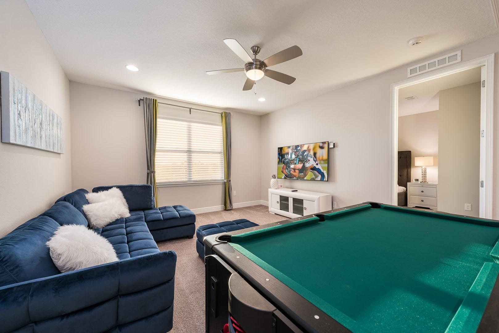 Property Image 1 - Luminous Home with Pool & Hockey Table near Disney