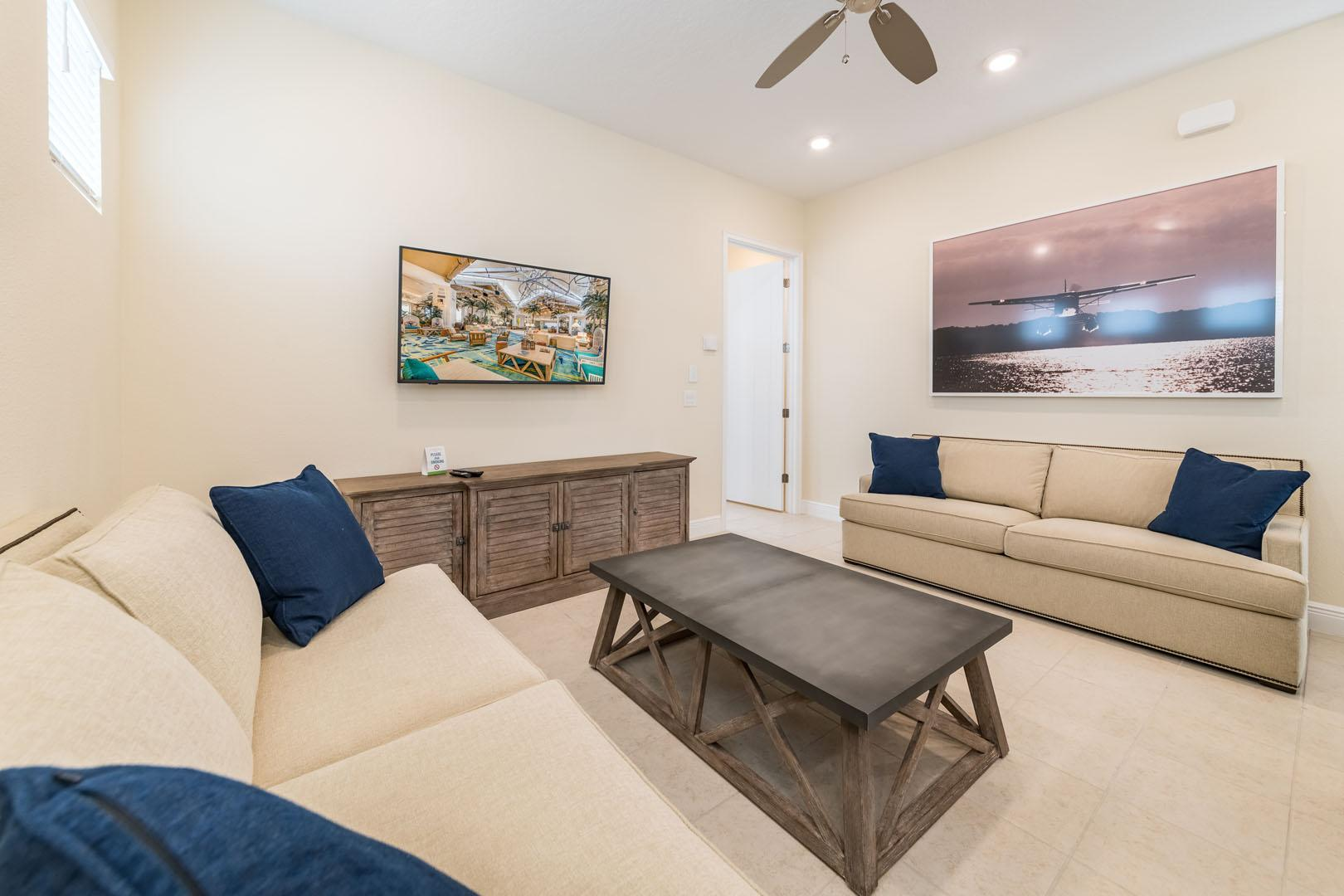 Property Image 2 - Inviting Cottage near Disney World with Hotel Amenities