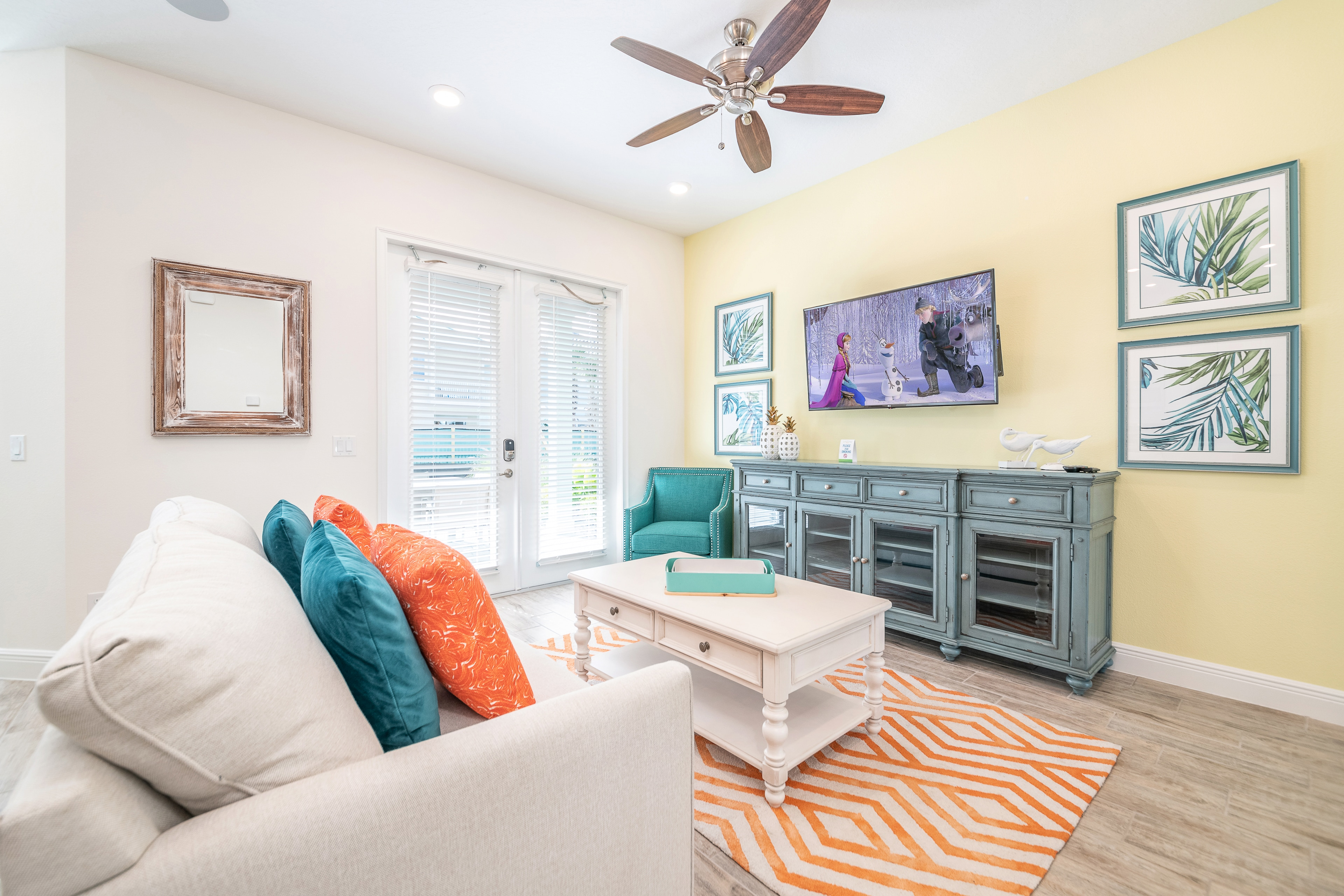 Property Image 2 - Bright Cottage near Disney with Daily Housekeeping