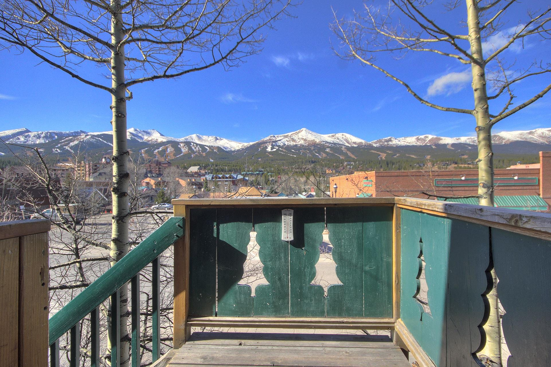 Wonderfully remodeled condo in downtown Breckenridge