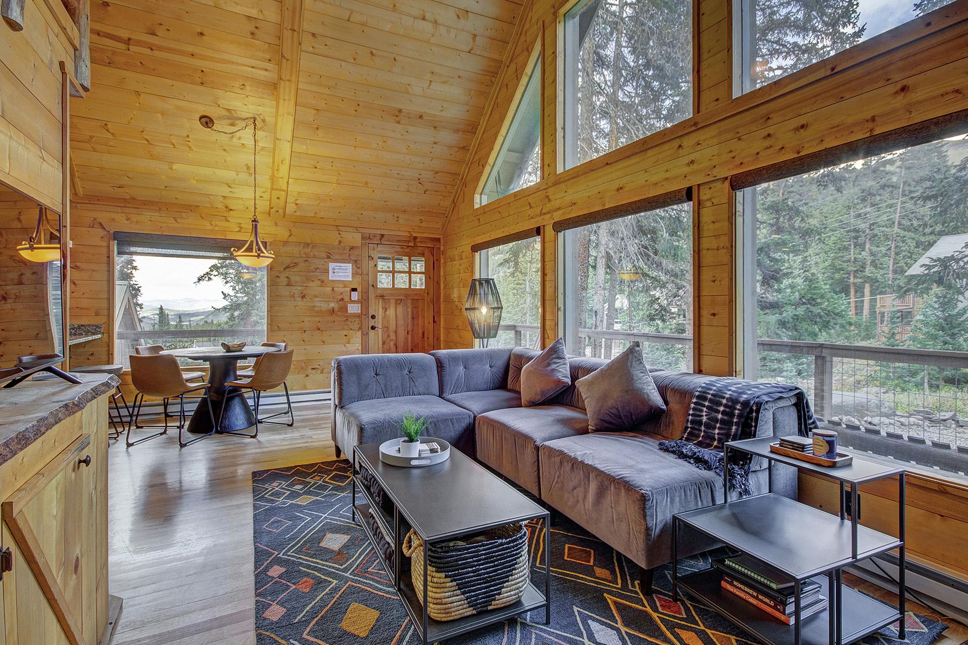 Charming log cabin 10 minutes from Breckenridge