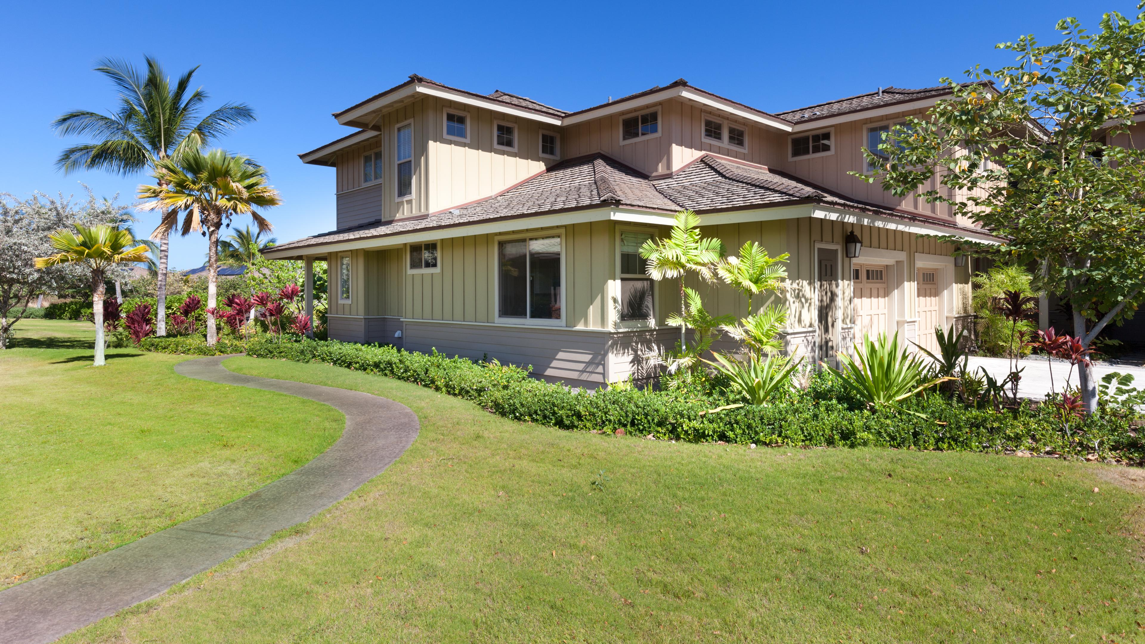 Inspiring 2BR Kulalani Home with Private Beach Club