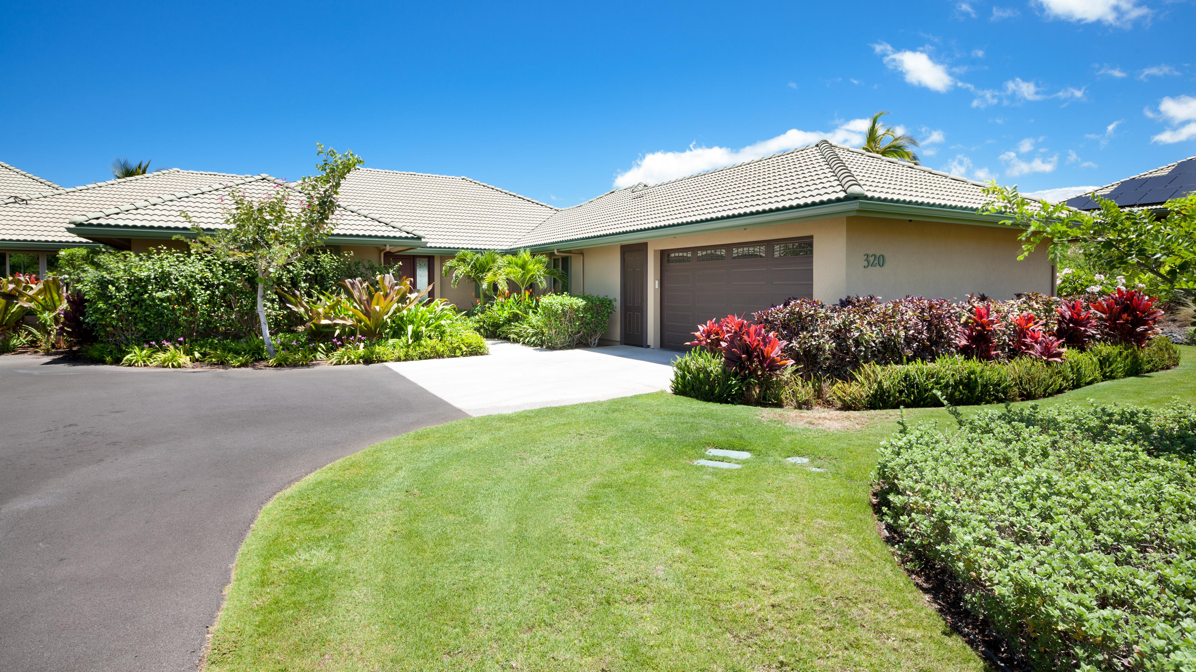 Mauna Kea Dream - large home with private double garage