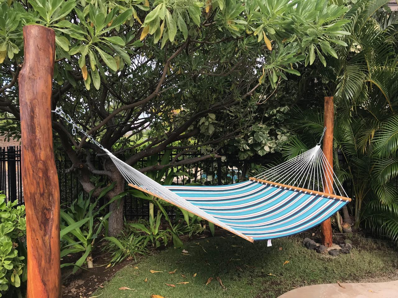 Enjoy an afternoon nap in the double hammock